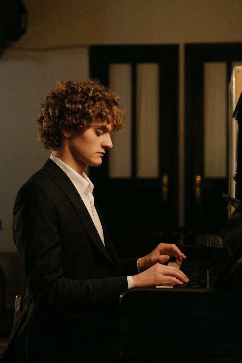 Curl Consultation Piano